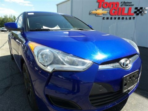 Pre-Owned 2012 Hyundai Veloster with Black Int